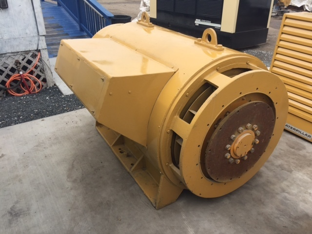 Reconditioned Kato 965KW Generator End