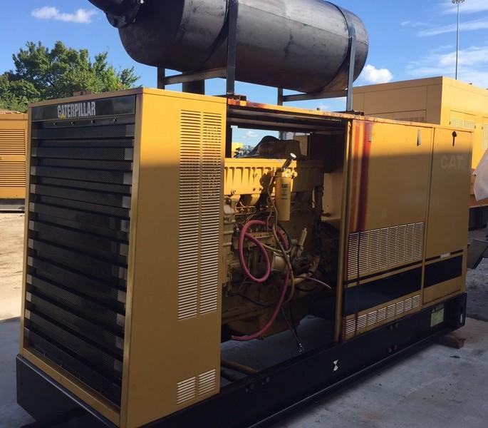 CATERPILLAR 300KW Diesel Generator